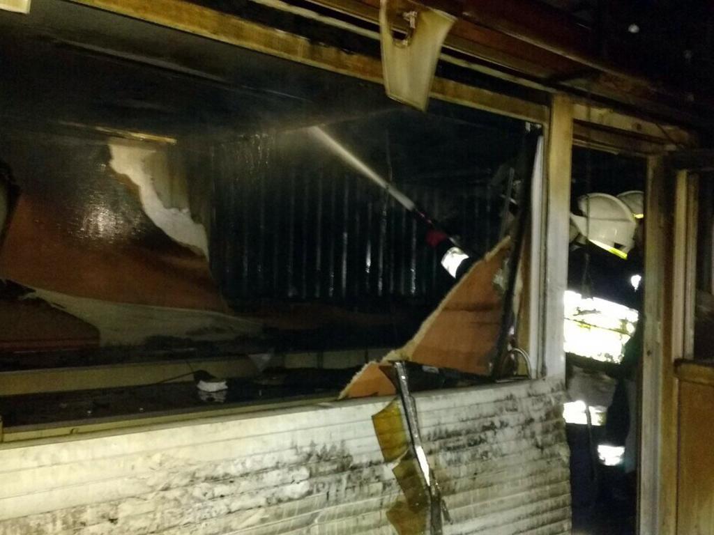 Новости Днепра про Ночью в Днепре тушили сразу несколько пожаров