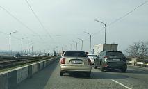 Ремонт моста: в Днепре образовались километровые пробки