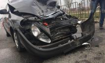 В ДТП в Днепре сильно пострадал мужчина