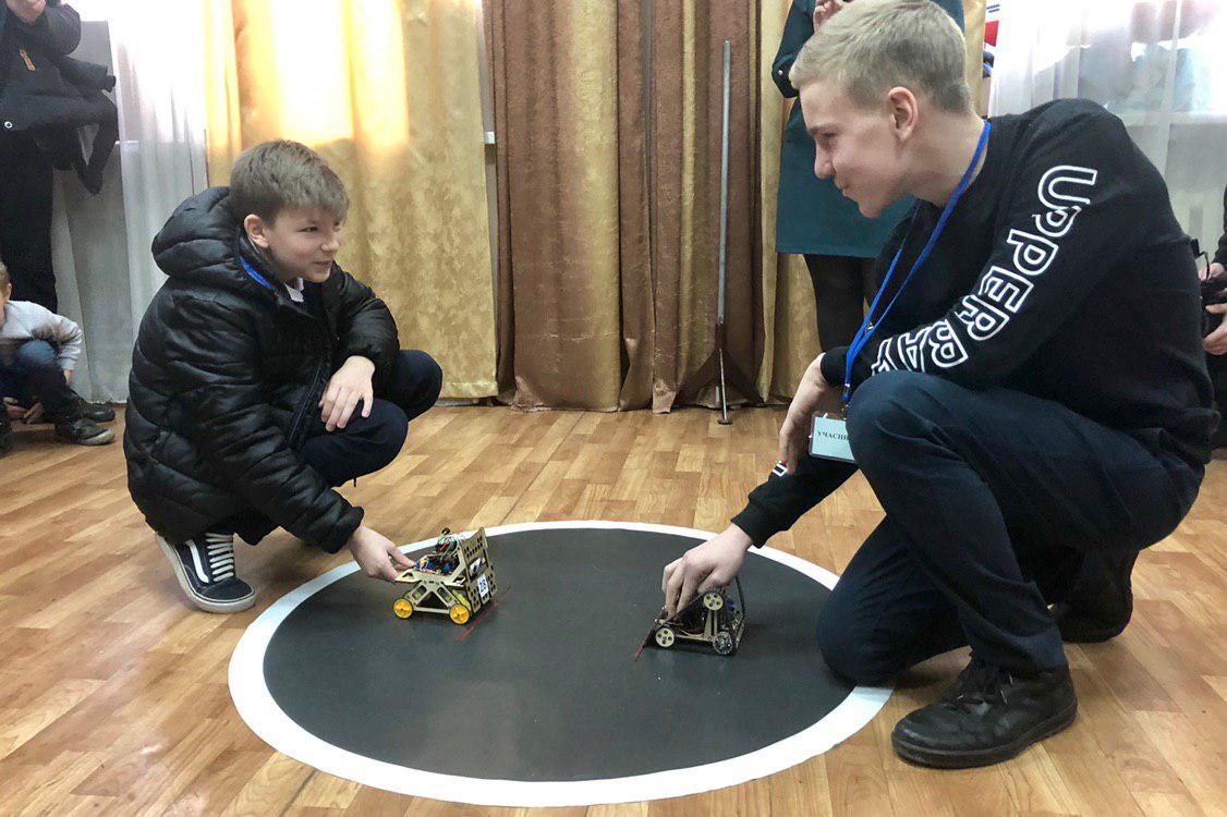 Новости Днепра про Бои роботов и современные технологии: фестиваль робототехники в Днепре