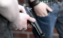 Украинцы массово вооружились нелегальным оружием