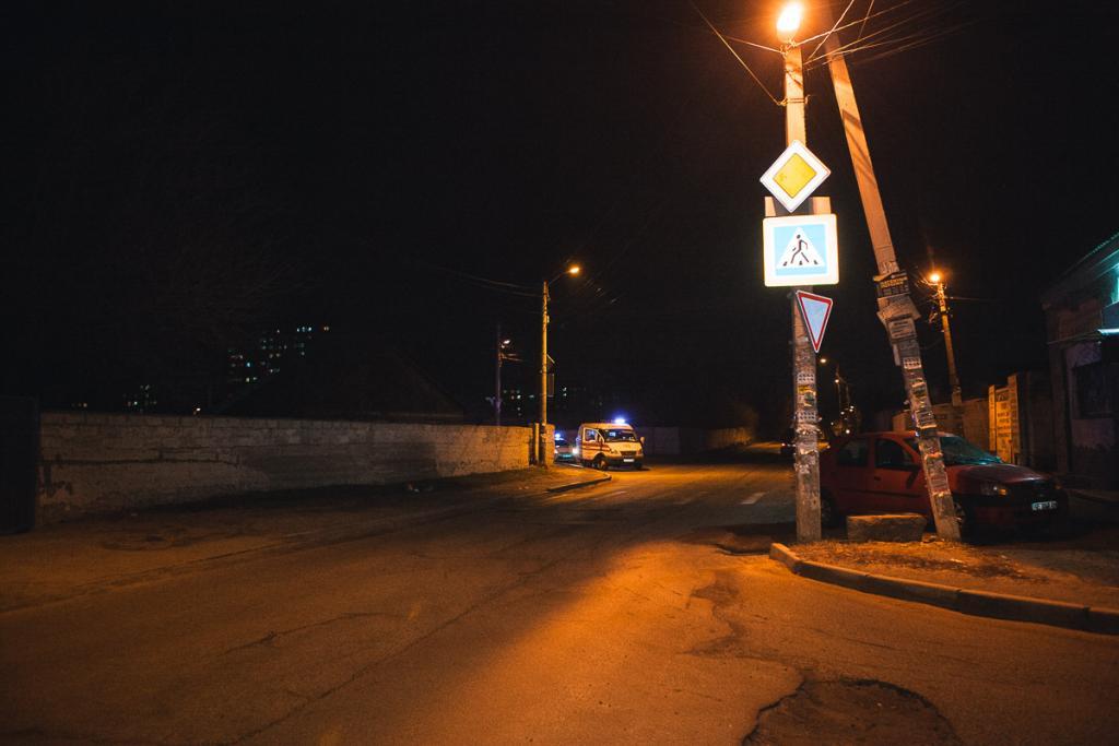 Новости Днепра про Водитель сбил мужчину и скрылся с места ДТП