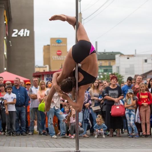 Новости Днепра про Pole dance: утренние и вечерние группы для взрослых в Днепре