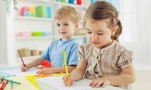 Развивающие занятия для самых маленьких в детском клубе «Улыбка»