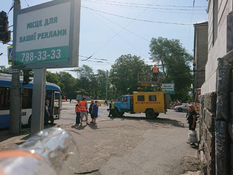 Из-за аварии в Днепре не ходит электротранспорт. Новости Днепра