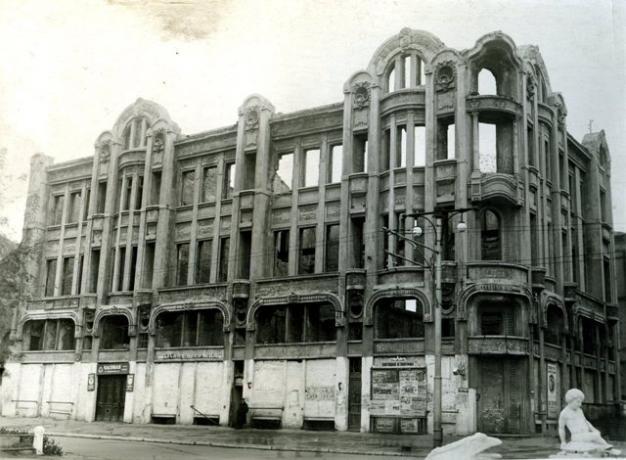 Новости Днепра про Фонтаны на Короленко: какой была улица в прошлом