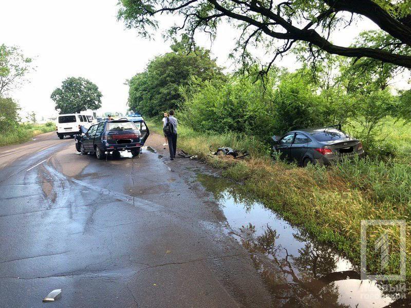 ДТП с пострадавшими: два легковых автомобиля столкнулись «лоб в лоб». Новости Днепра
