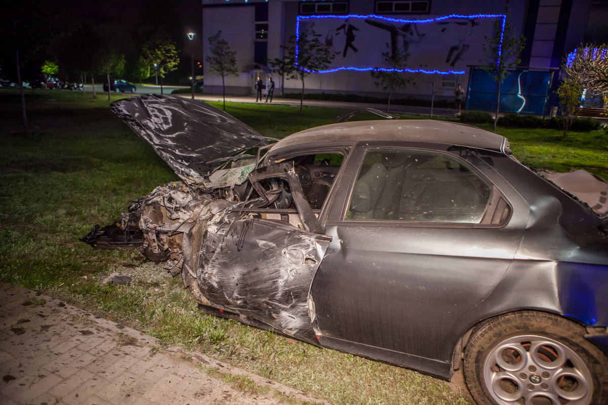 Авто перевернулось: 2 погибших в ДТП, вынесен приговор. Новости Днепра