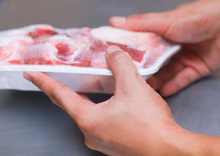 «Сюрприз» с гнильцой: какие мясные «шедевры» вам могут продать в магазинах. Новости Днепра
