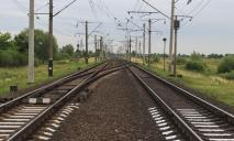 Трагедия на рельсах: в Днепре мужчину переехал поезд