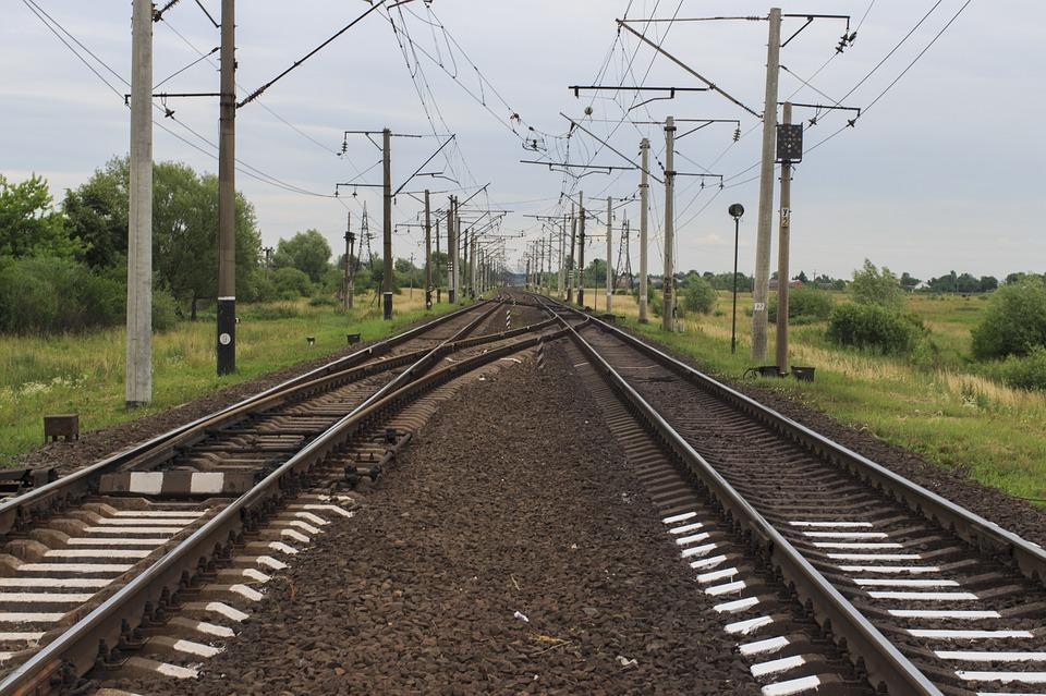 Мужчина попал под колеса поезда. Новости Днепра