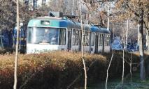 Роковая поездка: днепрянин умер прямо трамвае