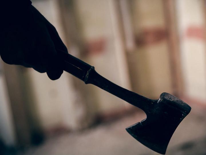 Мужчина убил жену и решил убить ребенка. Новости Украины