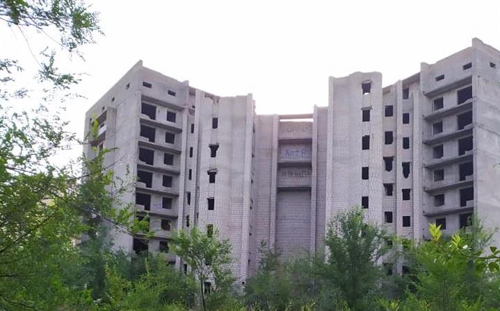 Трагическая прогулка: школьницы упали с 9-го этажа. Новости Днепра