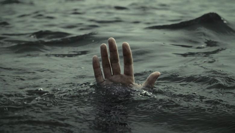 На Днепропетровщине утонул полицейский. Новости Днепра