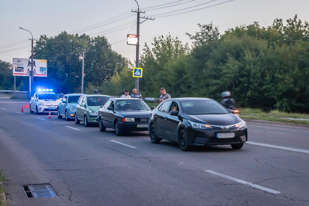 В Днепре столкнулись сразу 4 авто: есть пострадавшие. Новости Днепра