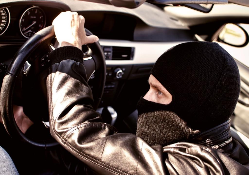 Разыскивается угнанное авто: горожан просят о помощи. Новости Днепра