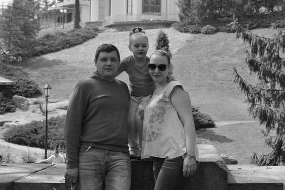 По дороге на море погибла вся семья из Никополя: горе случилось из-за полицейского. Новости Днепра