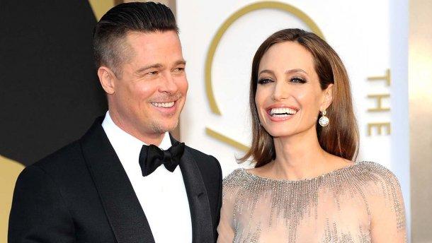 Анджелина Джоли обратилась к Брэду Питту с неожиданной просьбой. Новости мира