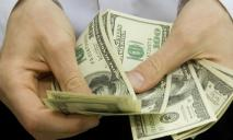 Курс валют на 19 июля: доллар и евро перешагнули психологические отметки