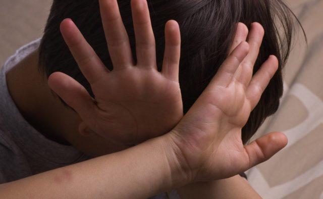 30 ударов по телу: мужчина избил 4-летнего ребенка. Новости Днепра
