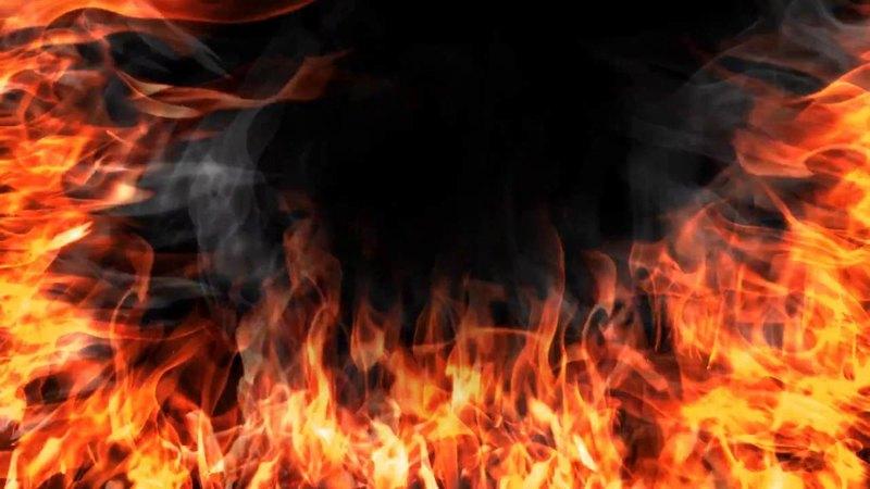 В Днепре загорелся жилой дом: 10 человек боролись с огнем. Новости Днепра