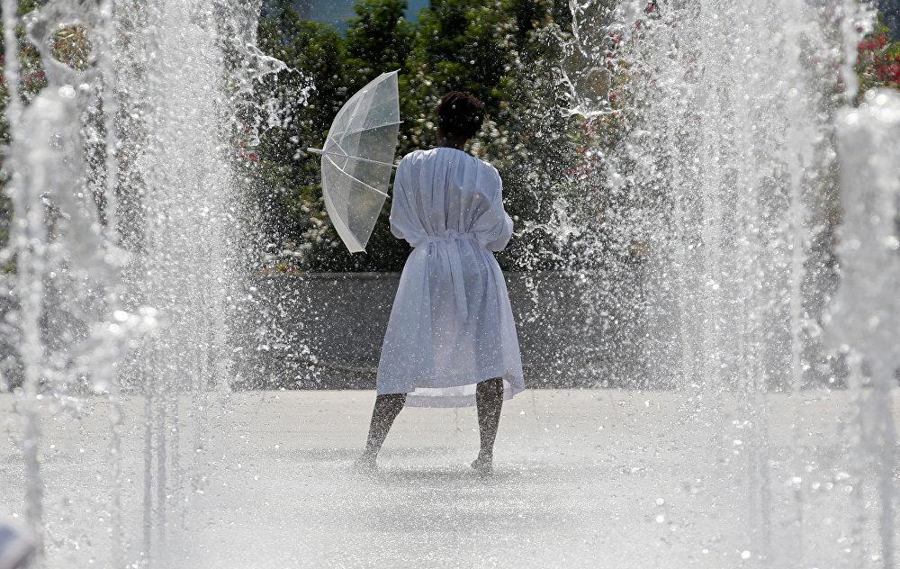 Танцы в фонтане. Новости Днепра
