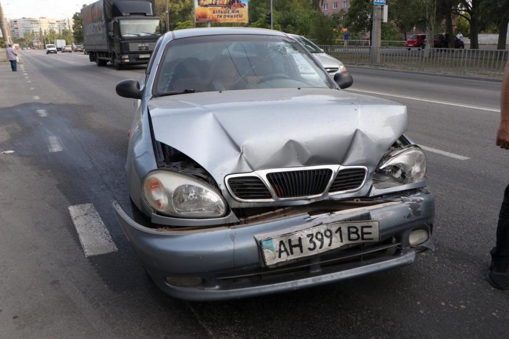 Автомобиль с детьми попал в аварию. Новости Днепра