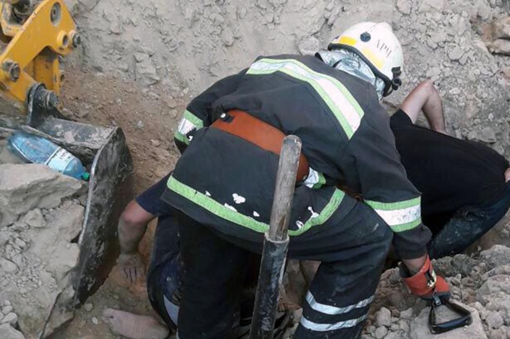 В Днепре мужчину завалило глиной: подробности. Новости Днепра