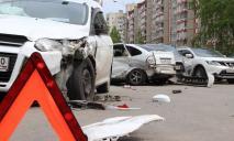 5 машин разбито: погоня двух авто в Днепре закончилась массовым ДТП