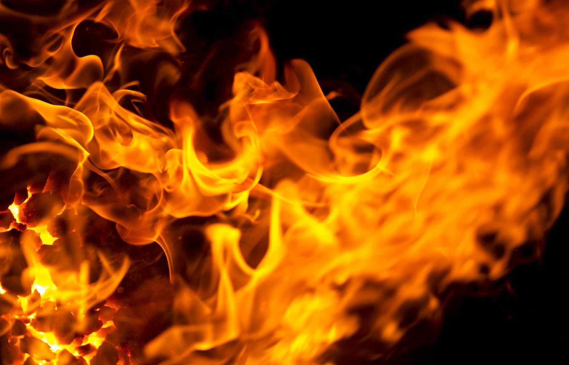 Пожар в торговом павильоне: подробности. Новости Днепра