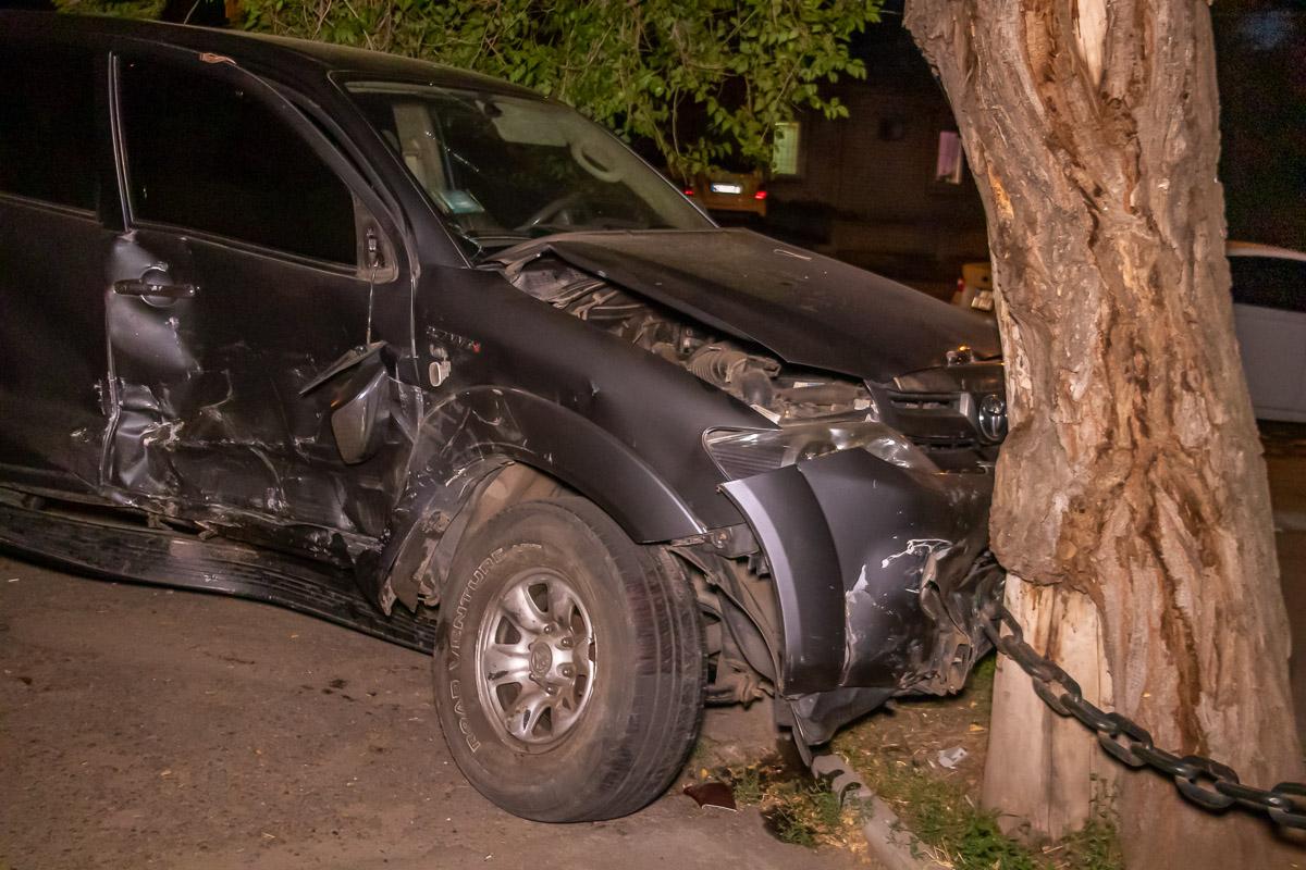 В Днепре столкнулись 3 авто. Новости Днепра