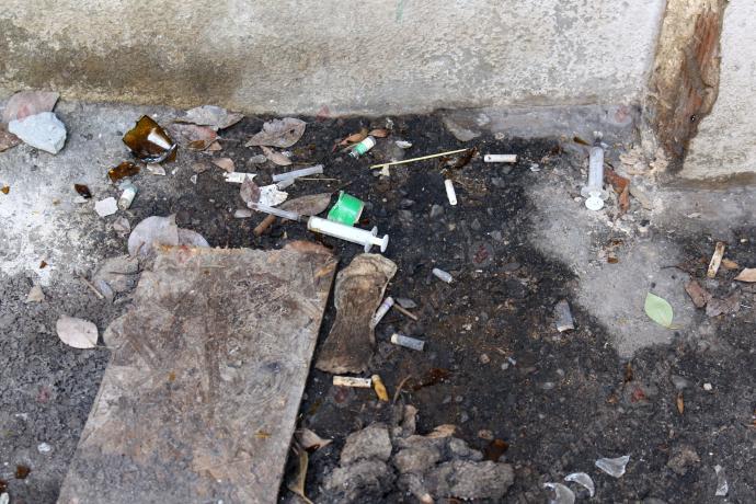 Новости Днепра про Трущобы Днепра: шприцы, свалки и постоянная опасность для детей – в каких условиях живут жители Тополя