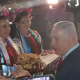 Не кошерно: супруга премьера Израиля выбросила хлеб на землю, когда ее встречали в Украине