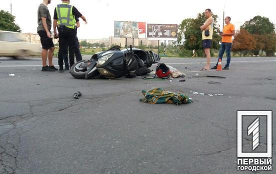 Лоб в лоб: на проспекте столкнулись два мотоциклиста. Новости Днепра