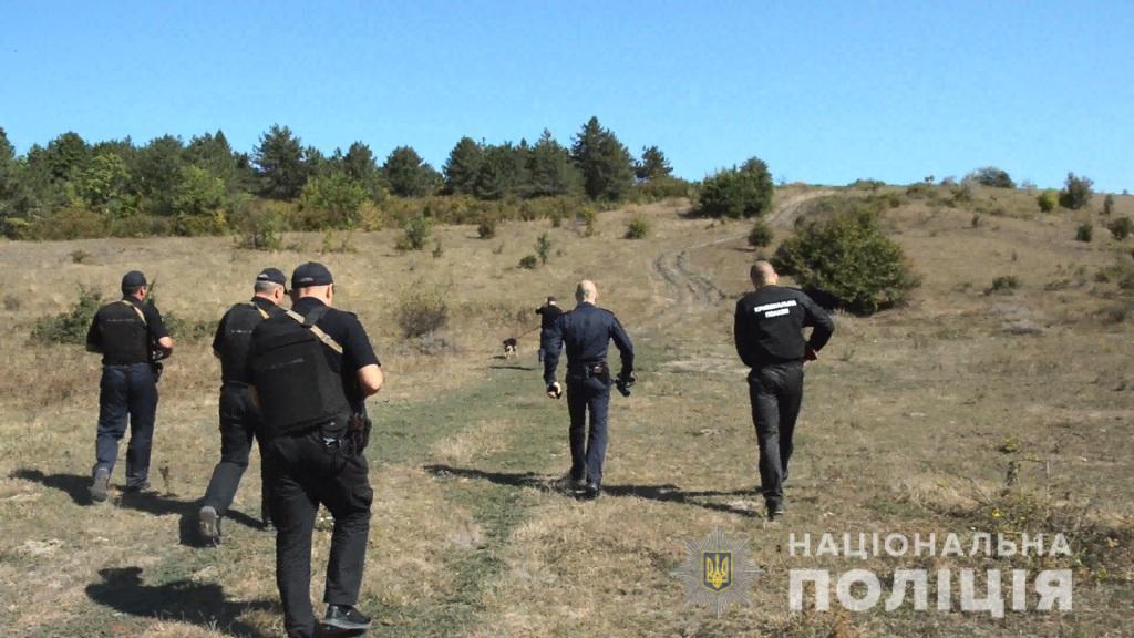 «Потому что он обзывался»: мужчина ударил ножом 12-летнего племянника. Новости Украины