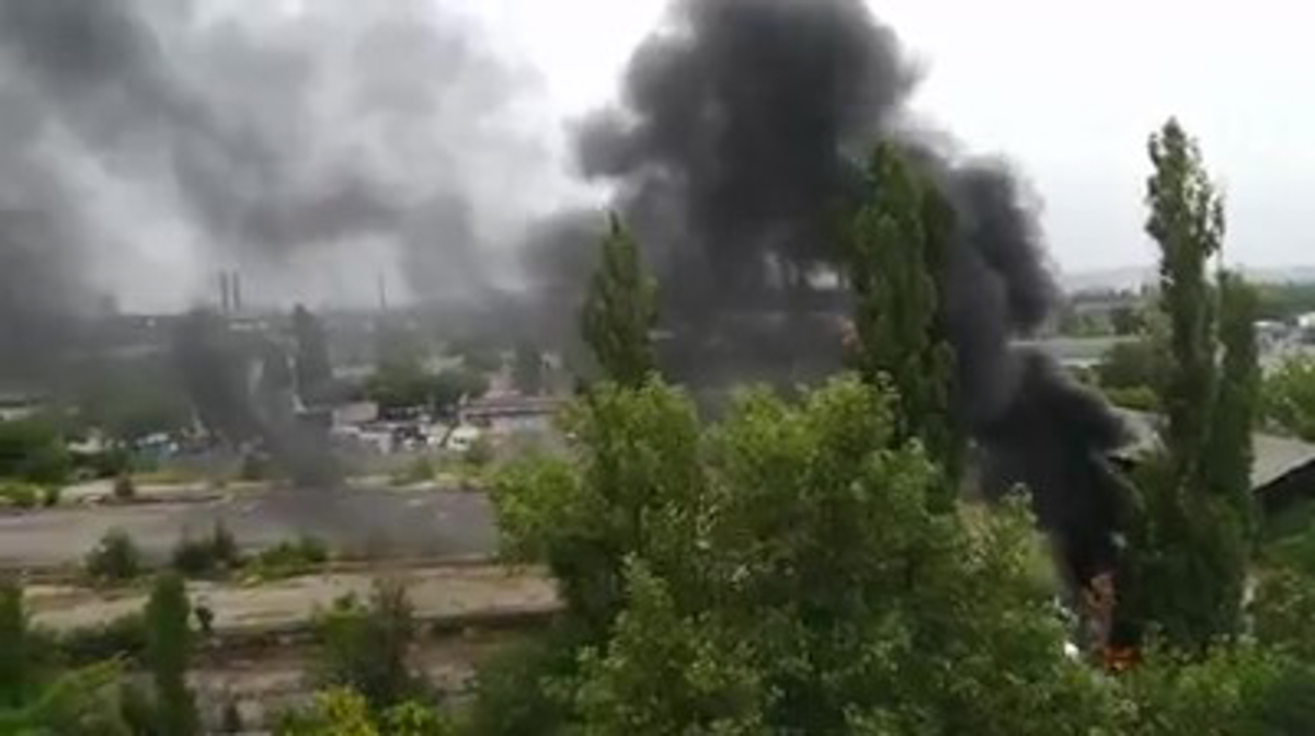 В Днепре жилые дома окутало столбом черного дыма: что произошло. Новости Днепра