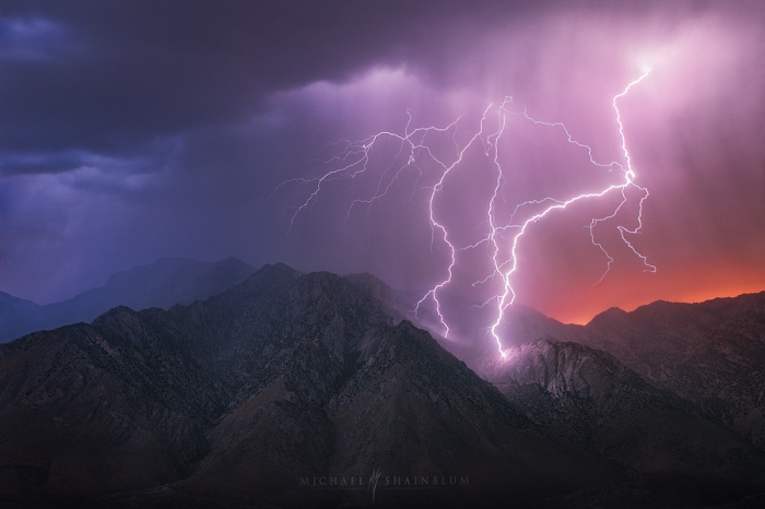 Молния ударила в группу туристов в горах: есть погибшие. Новости Днепра