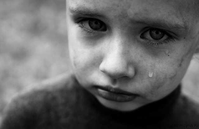 Сбежал и прятался по подворотням: в Днепре ребенок решил жить на улице. Новости Днепра