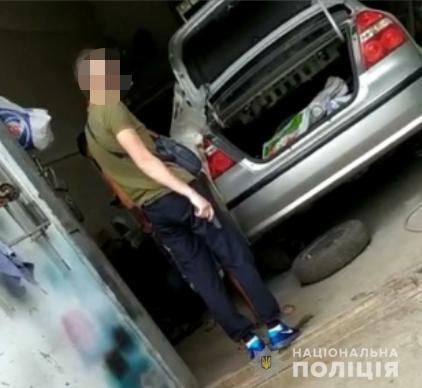 Пришли с пистолетом: на днепрянина напал недовольный клиент. Новости Днепра
