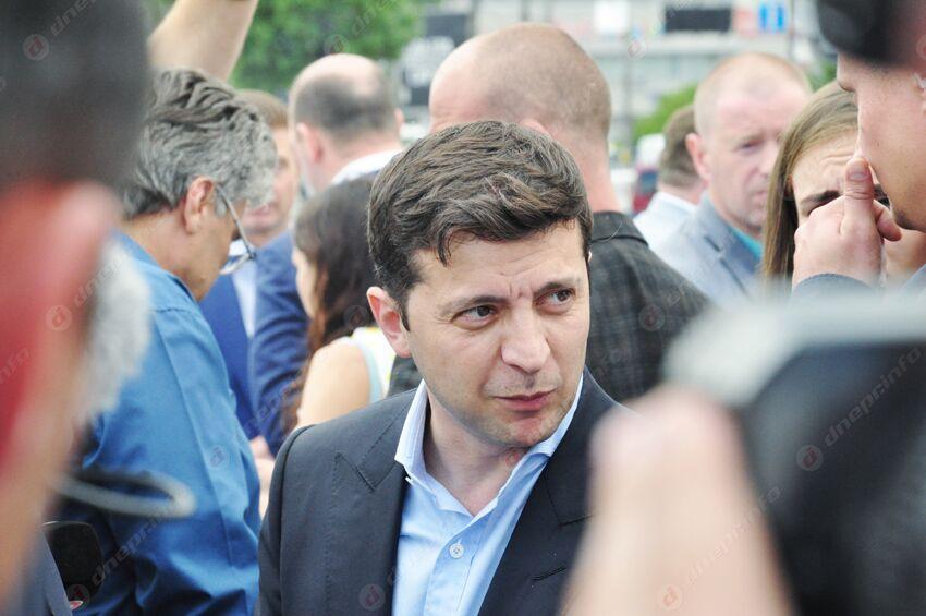 Президент Украины Владимир Зеленский подписал закон об отмене депутатской неприкосновенности. Новости Украины