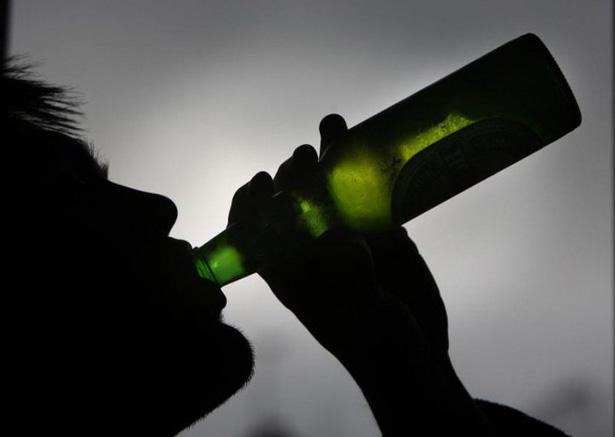 Подставная закупка: в Днепре с помощью школьника «накрыли» незаконную продажу алкоголя. Новости Днепра