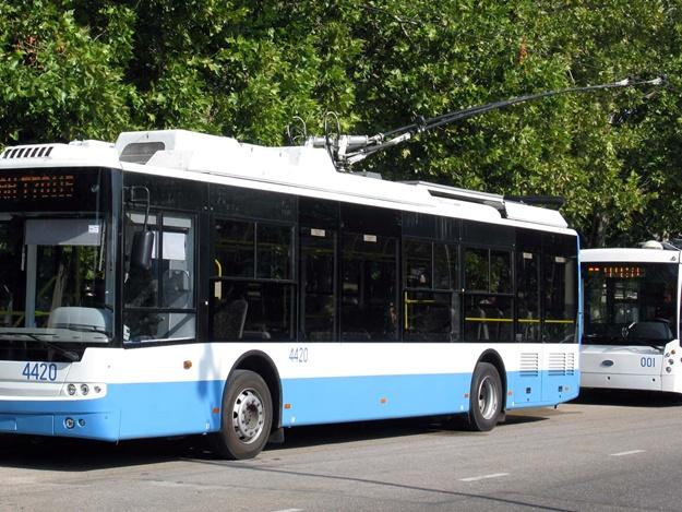 Вместо троллейбусов теперь будут ездить автобусы: подробности, расписание. Новости Днепра