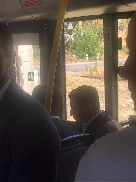 Зеленский с Филатовым едут в троллейбусе. Новости Днепра