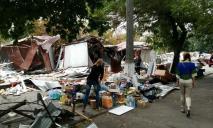 В Днепре грядет большая уборка МАФов и территорий возле них – адреса