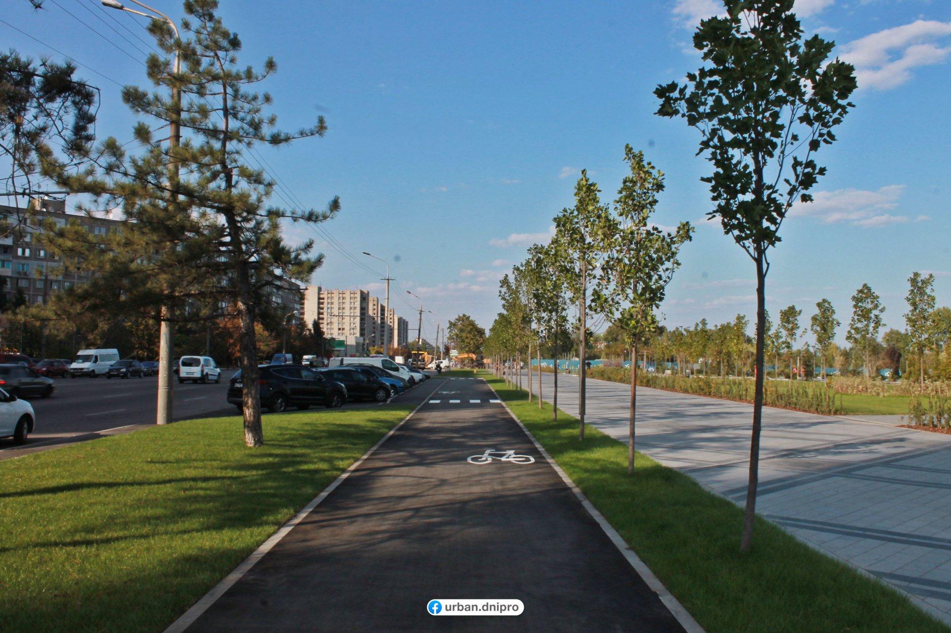 Все для комфорта: в Днепре обустроили велодорожки и пешеходные зоны. Новости Днепра