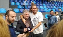 Поражение и дебют Коломойского: как «Днепр» выиграл Суперкубок