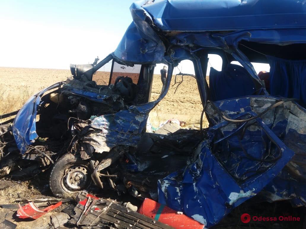 В жутком ДТП в Одесской области погибло 9 человек. Новости Украины