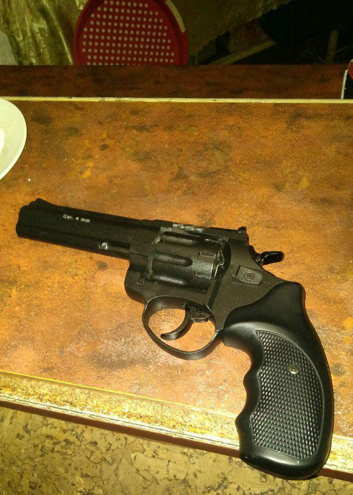 «Хотел похвастаться»: мужчина устроил стрельбу в кафе. Новости Днепра