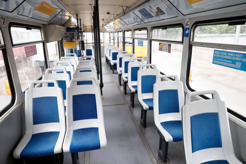 Коснется многих: сразу 3 популярных трамвая вскоре поменяют маршрут. Новости Днепра